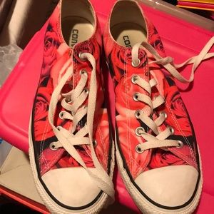 Rose converse (barely worn)
